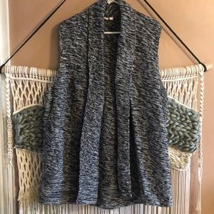 Gap sleeveless knit cardigan